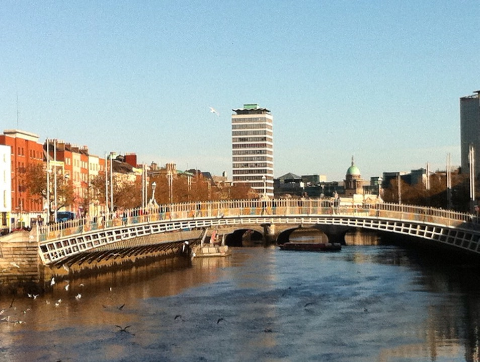 Rare Sunny Afternoon By Ha'Penny Bridge Dublin  Ireland