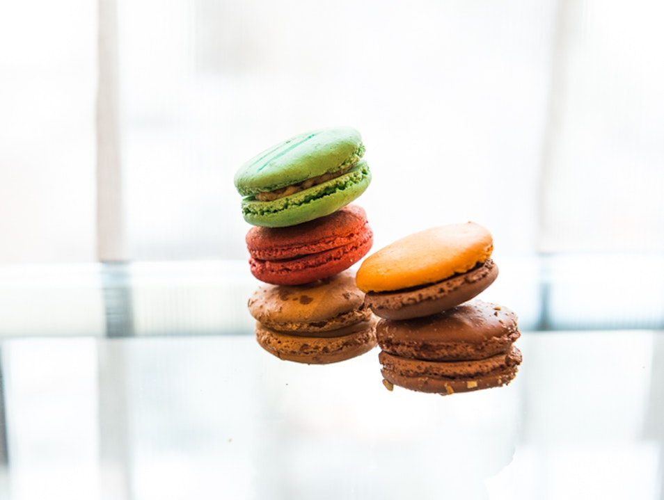 Stack the Macarons
