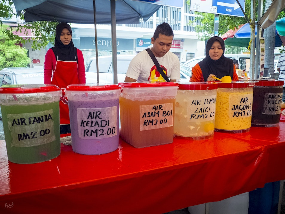 Ramadan Bazaar: What Colour Would You Like to Drink?