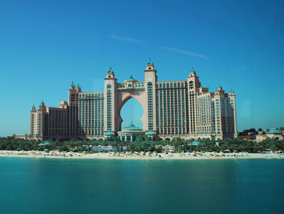 Should You Visit The Palm Jumeirah Dubai  United Arab Emirates