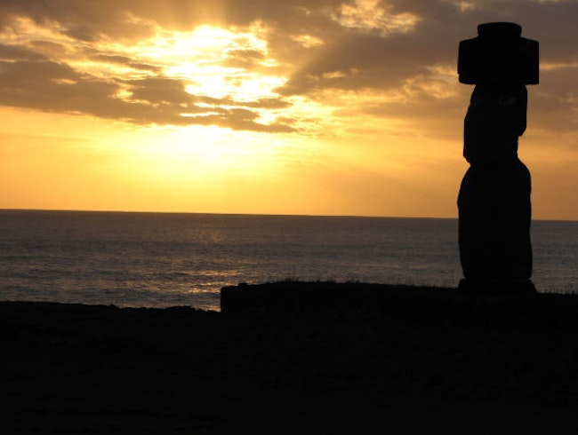 Rapa Nui- Tahai Complex at Sunset