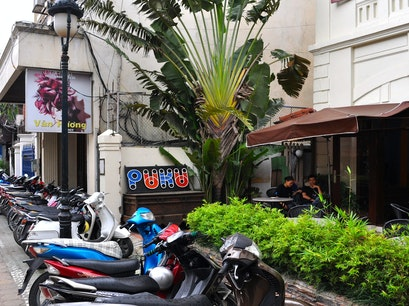 Puku Cafe & Bar Hanoi  Vietnam