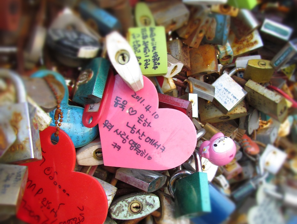 "Romantic? or an eyesore? What's your take on ""love padlocks?"" Seoul  South Korea"