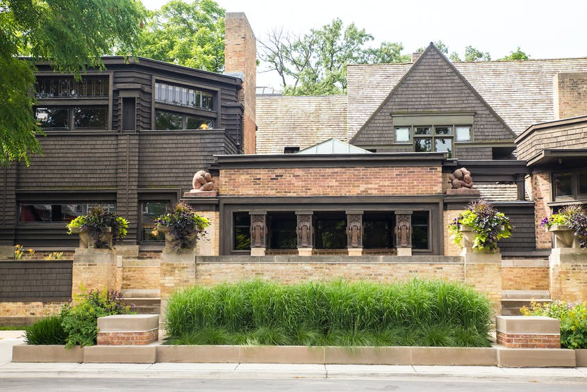 FLW's former home and studio in Oak Park is now an exciting museum.