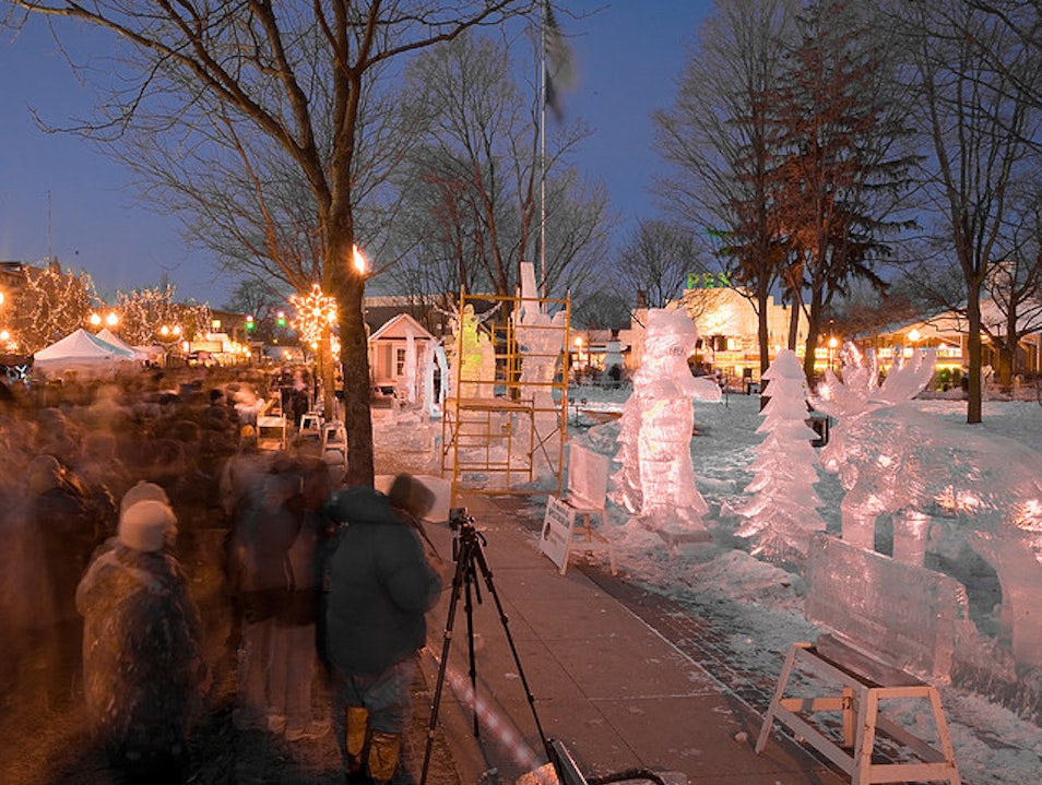 Be Dazzled By Ice Sculptures in Plymouth