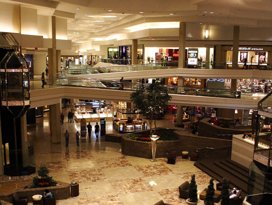 Woodfield Mall Schaumburg Illinois United States
