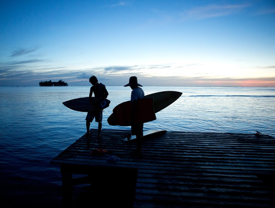 Surf Lessons & Guides