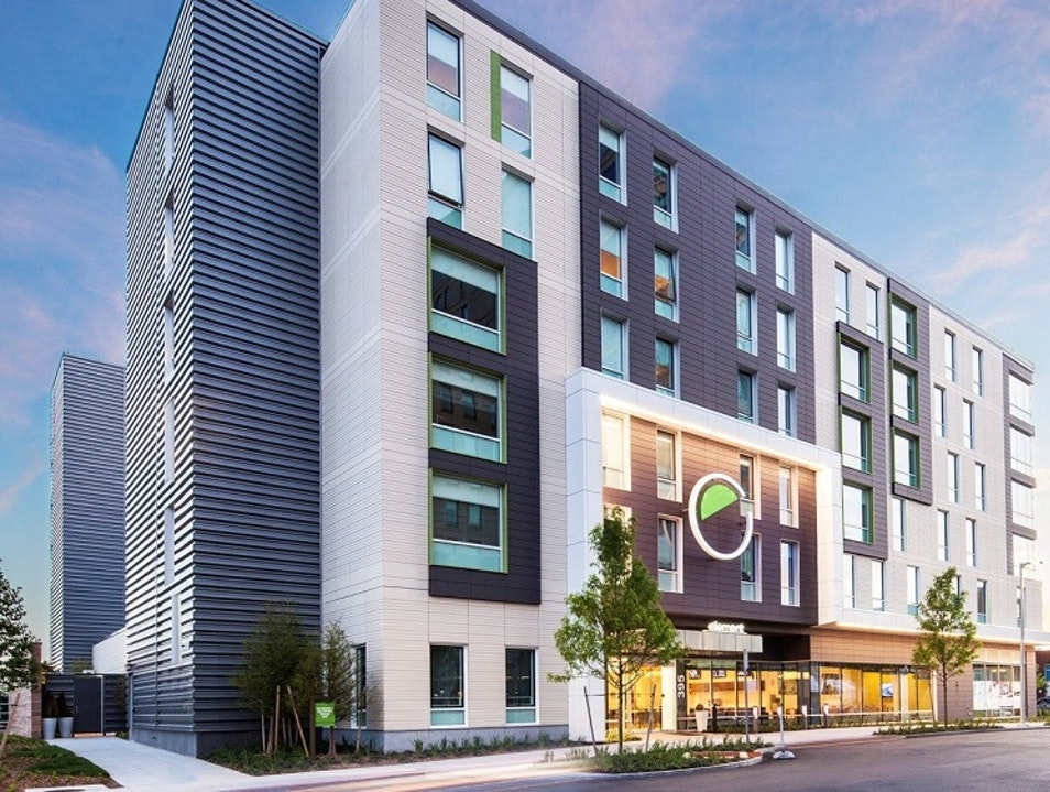 Element Boston Seaport Adds New Dimension of Vibrancy to South Boston