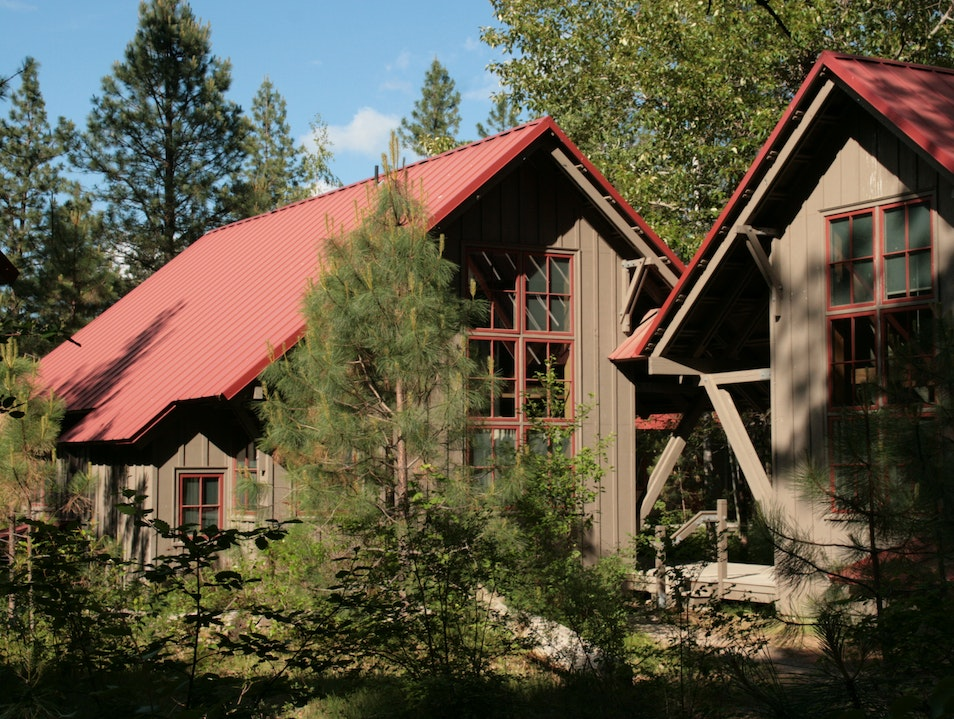 A Great Escape with a Green Ethic: Sleeping Lady Mountain Resort