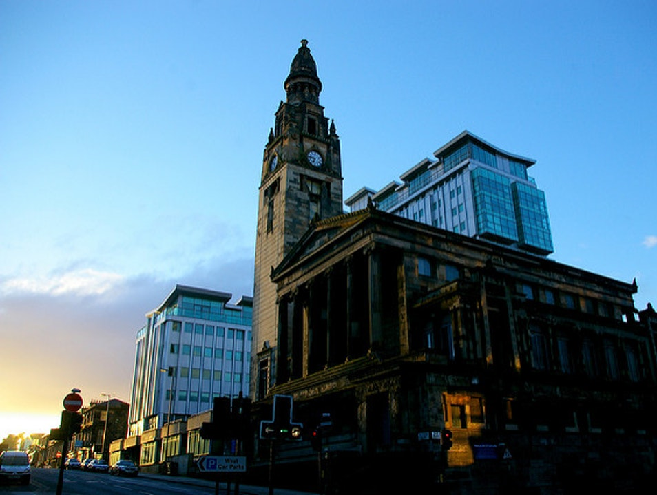 Heroes of Glasgow's Cityscape
