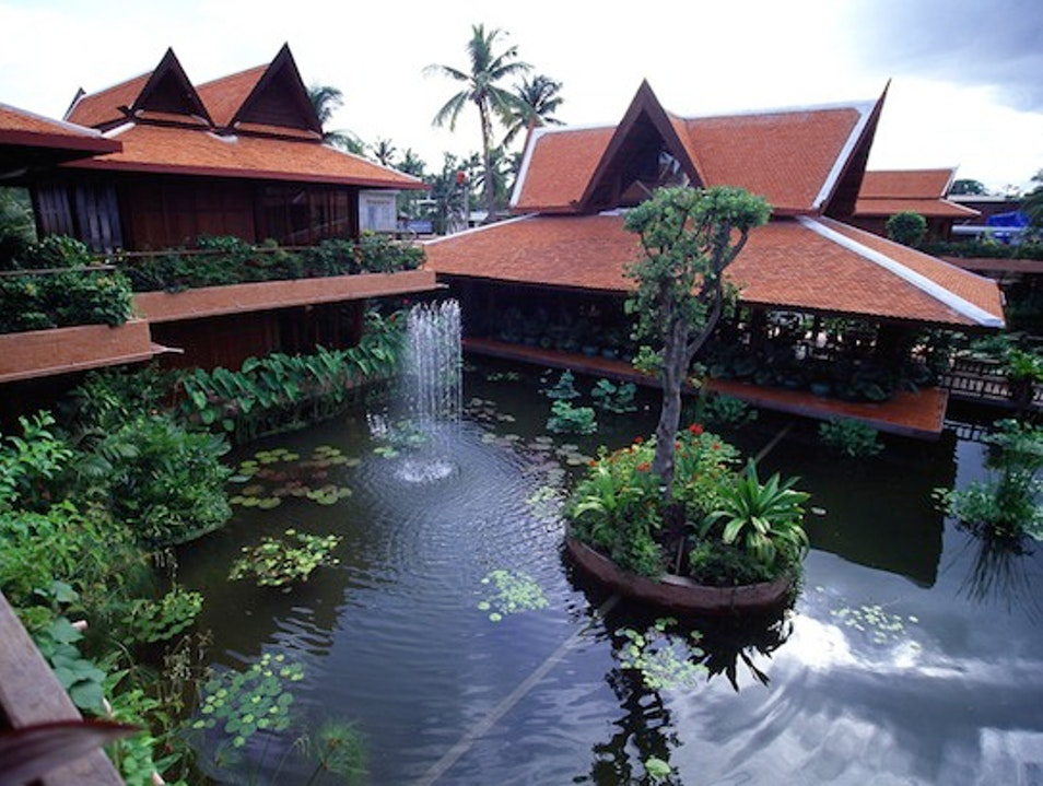 Timber Lodges: Angkor Village Hotel, Siem Reap, Cambodia Siem Reap  Cambodia