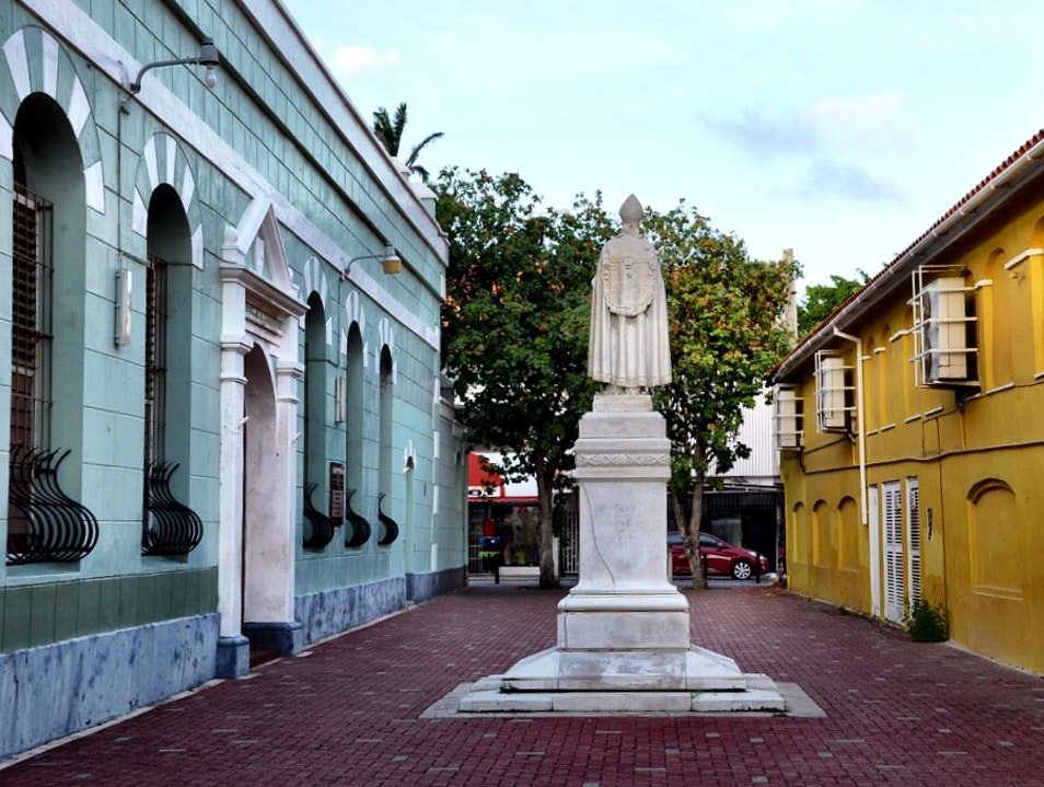 The best walking tour in Willemstad, Curacao Willemstad  Curaçao