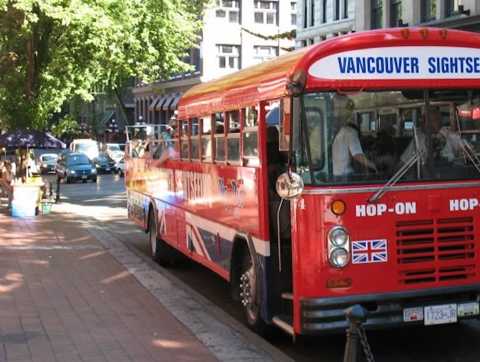 Get Around Vancouver Easily with Big Bus Vancouver  Canada