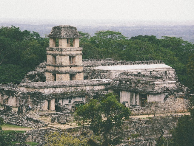 2000 years back in time in Palenque