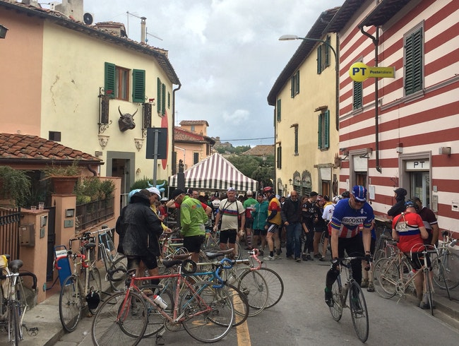 "Tackling Tuscany's ""White Roads"""