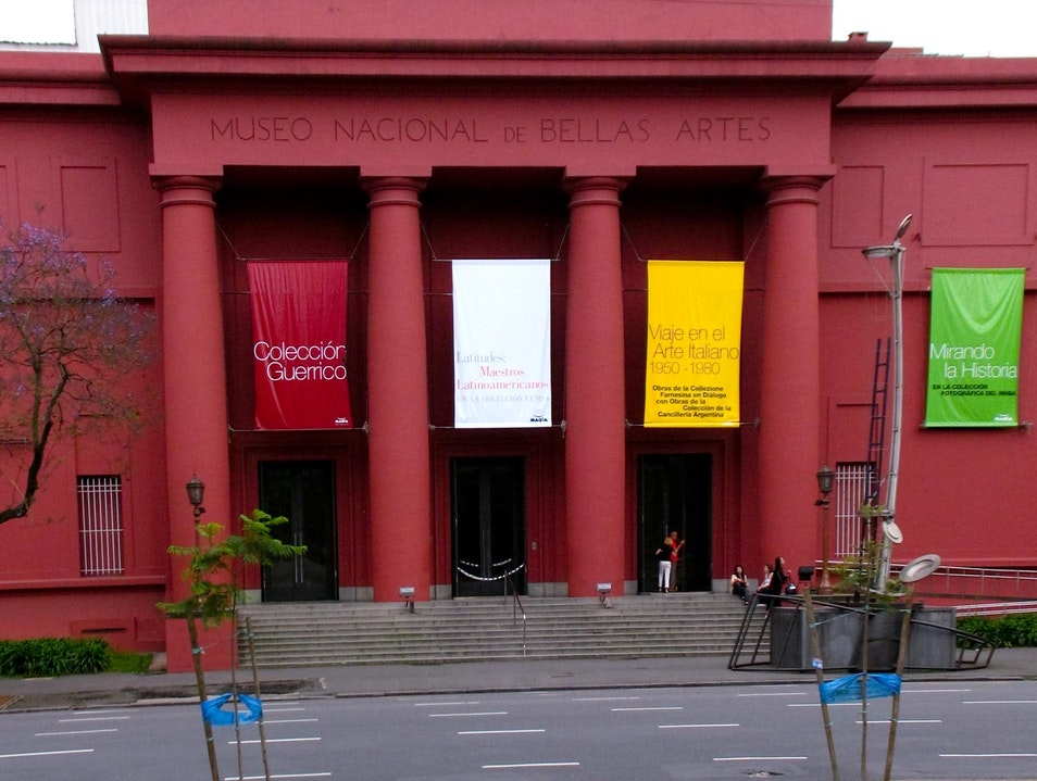 Exploring the National Museum of Fine Arts
