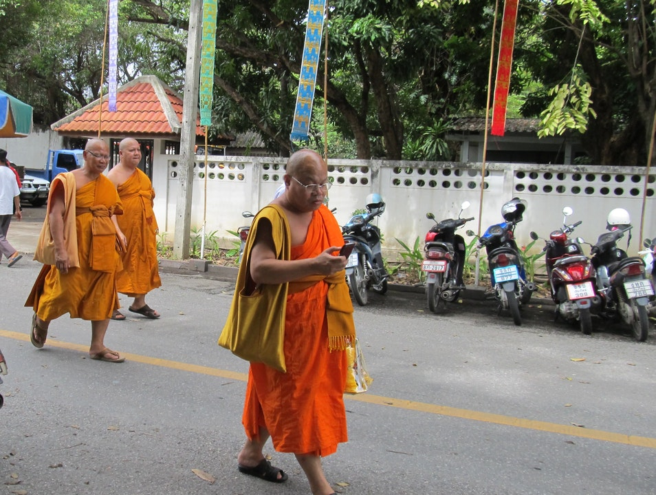 Mindful Text-Walking Chiang Mai  Thailand