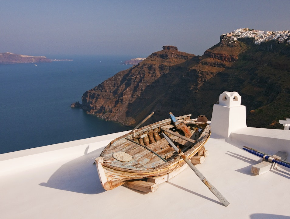 Art is in the Eye of the Beholder Thira  Greece
