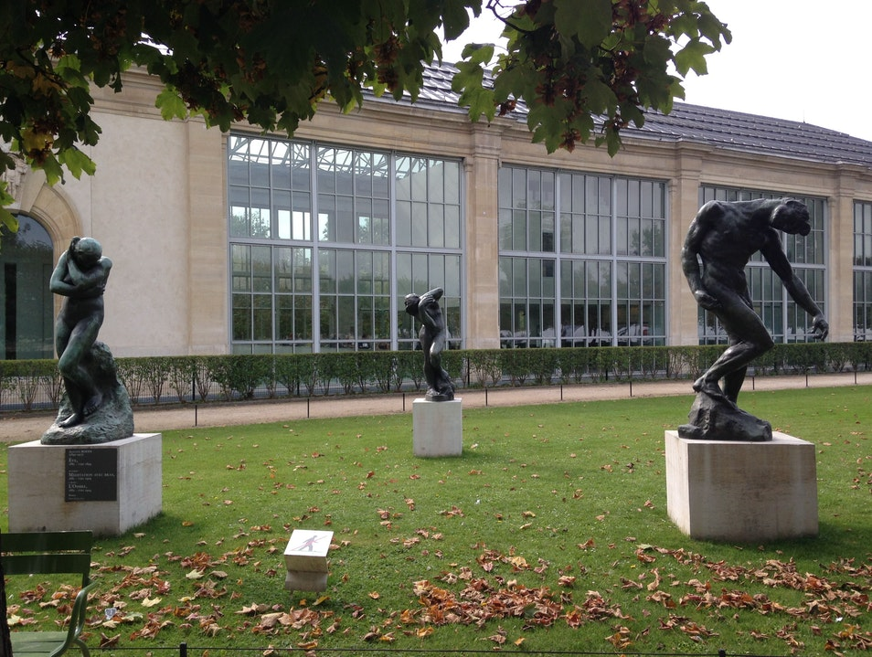 Contemporary Art Museum in the Shadow of the Louvre Paris  France
