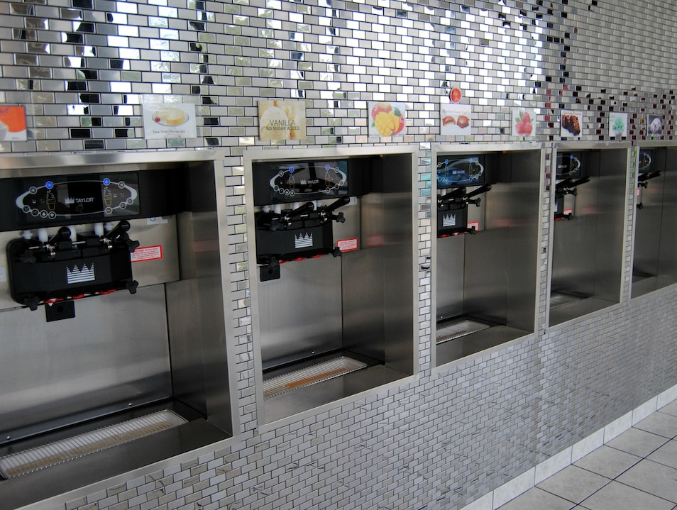 Self-Serve Frozen Yogurt Frisco Texas United States