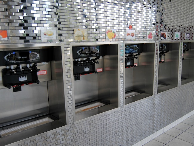 Self-Serve Frozen Yogurt