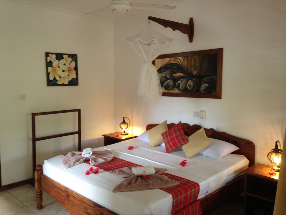 Stay:  Praslin's Le Port Guest House
