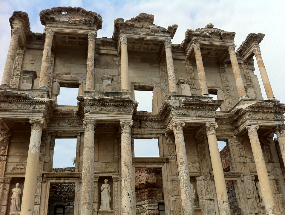 Ancient Wonder of the Librarian World Selçuk  Turkey