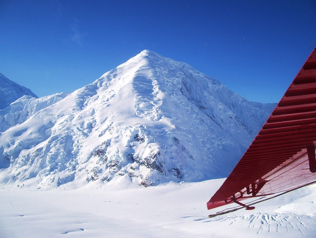 Flying with bush pilots over Glaciers, In Alaska