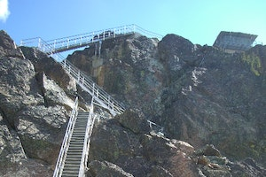 Sierra Buttes Fire Lookout