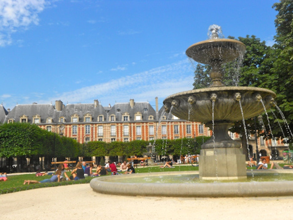 Picnic in Place des Vosges Paris  France