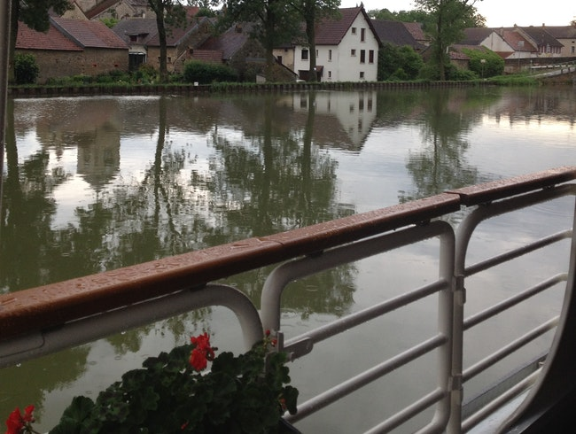Cruising the Burgundy Canal