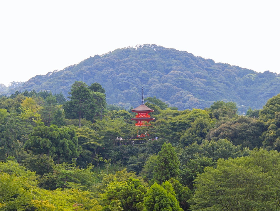 Strolling around the scenic Kiyomizu Temple Yura Chō  Japan