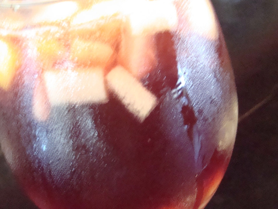 Sip a sangria, Argentinean style