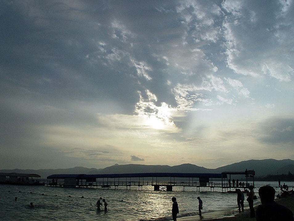 Yalong Bay: A Little Piece of Hawaii in Sanya
