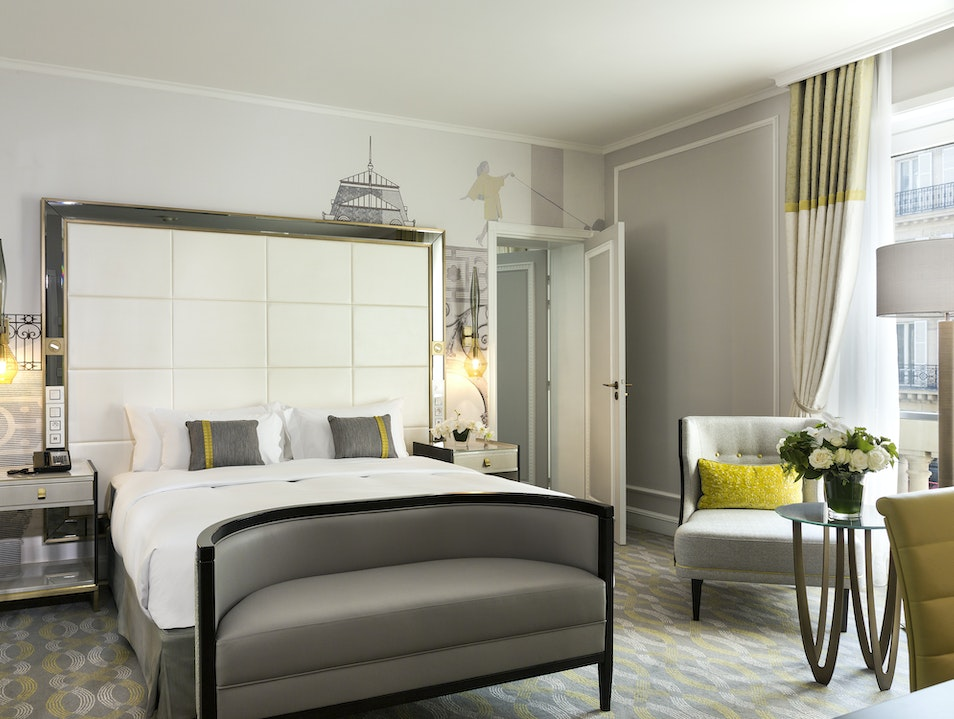 A Charming Hotel in the Heart of Paris