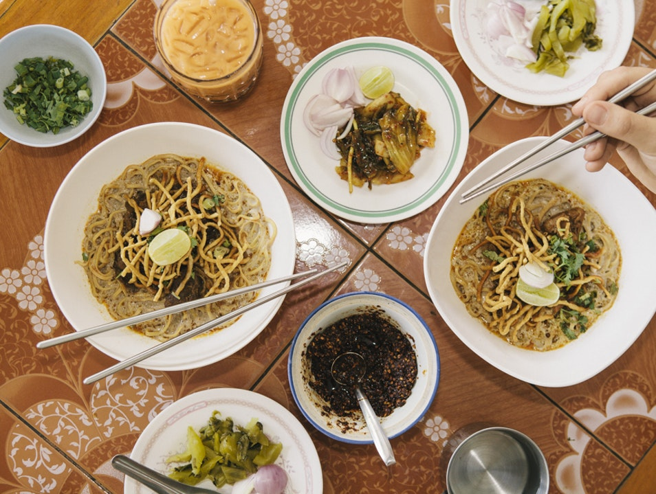 Khaw-Soi Mrs. Sriphan: Tiny Thai Restaurant, Big Flavor Chang Khlan  Thailand