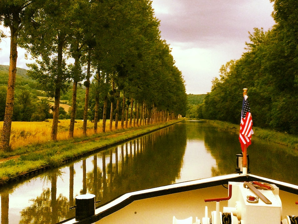 Barging the Canal du Bourgogne Vandenesse En Auxois  France