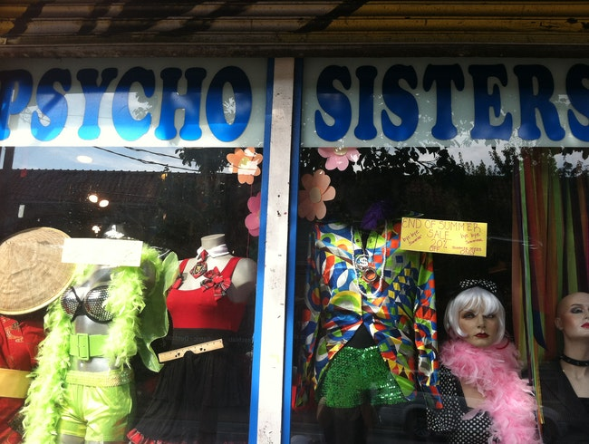 Disco Fashion at Psycho Sisters