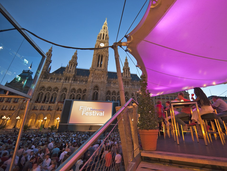 Free Open Air Screenings at City Hall Vienna  Austria