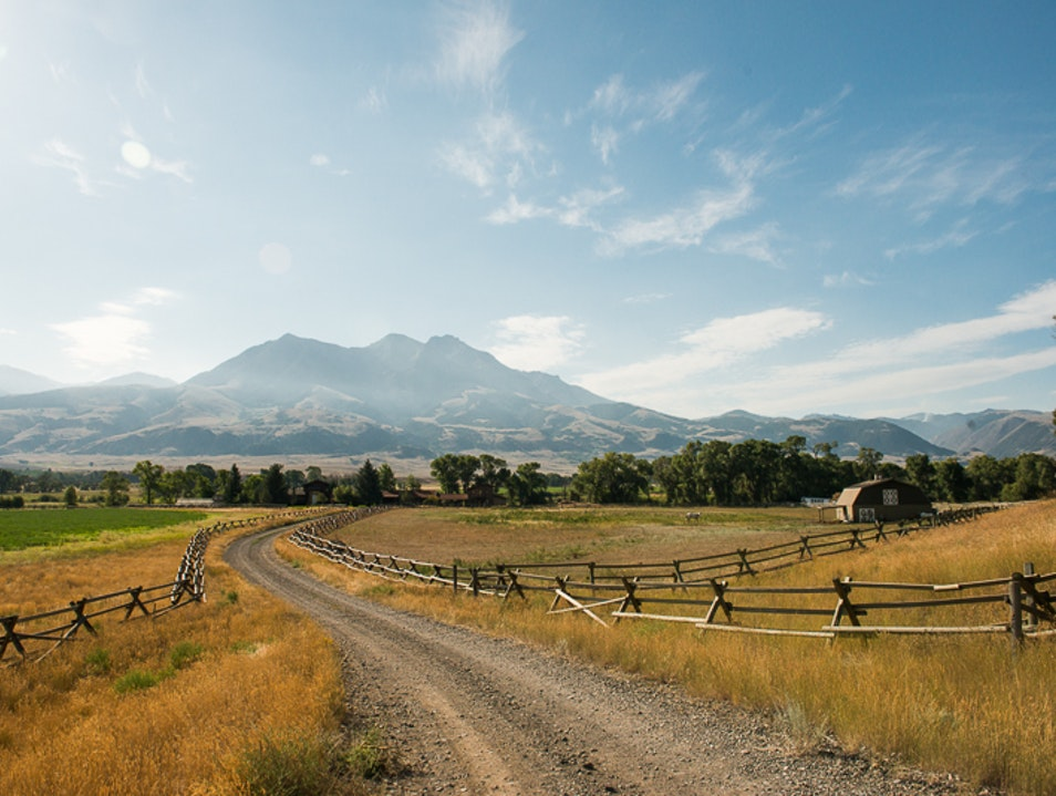 Explore the Absaroka Range Emigrant Montana United States
