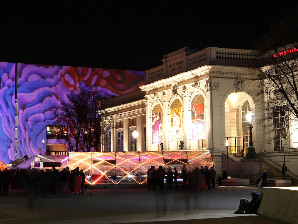 A New Christmas Market in Vienna