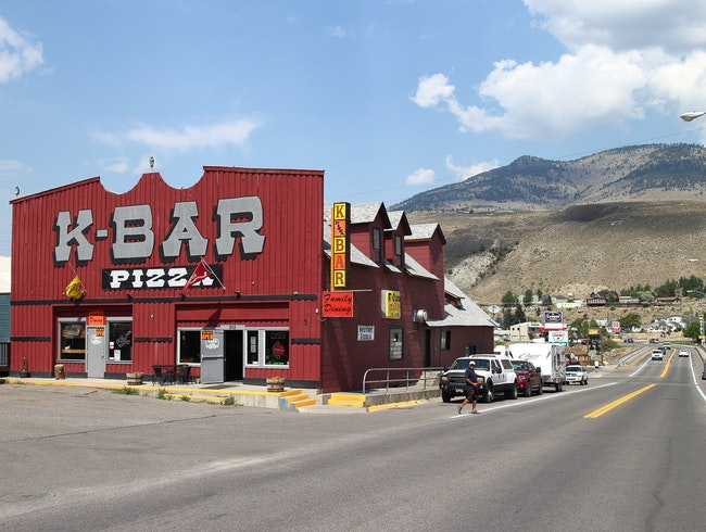 For Iconic Yellowstone Pizza Pie