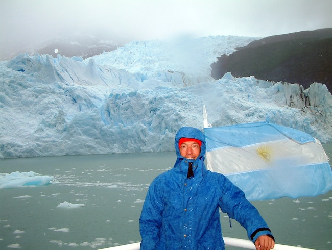 Touring the glaciers by ship
