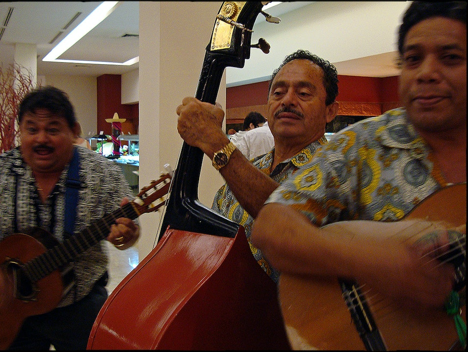 Dinner and a Serenade  Cancun  Mexico
