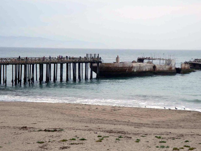 Famous Fishing Pier & Fossil Spotting