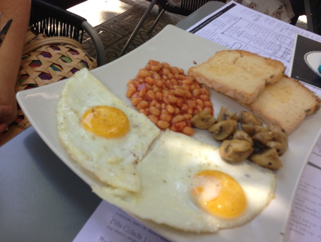 A gluten-free, vegetarian English breakfast