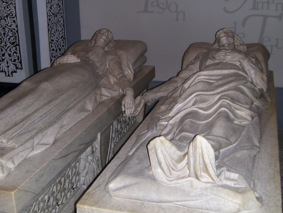 Learn about the Spanish Romeo and Juliet at Los Amantes in Teruel Teruel  Spain