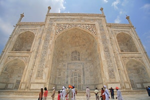 10 Views of the Taj Mahal