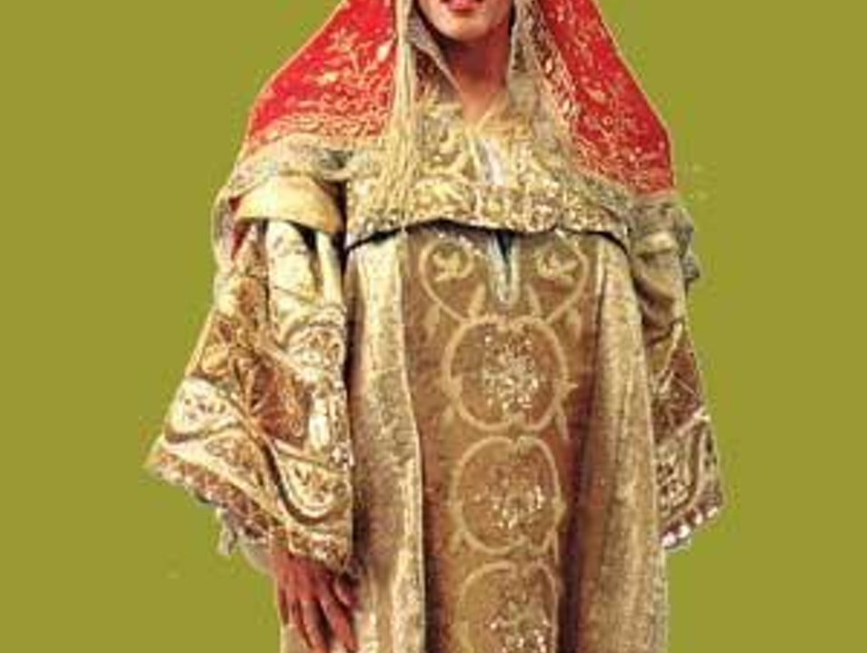 A timeless traditional Costume ! Mahdia  Tunisia