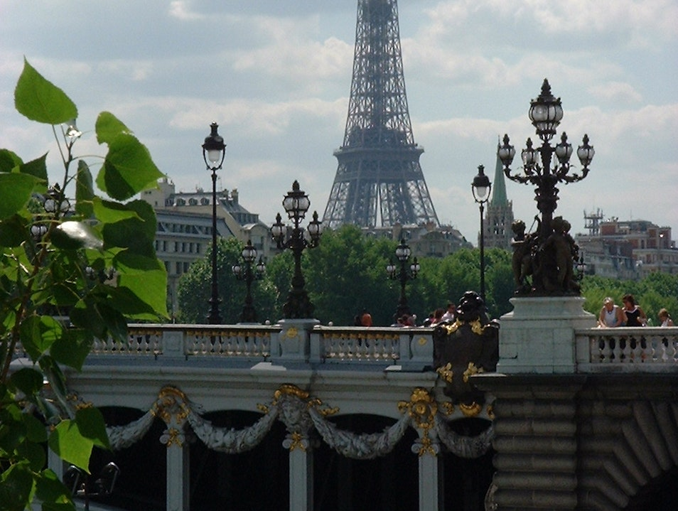 I love Paris even when it sizzles or drizzles   France